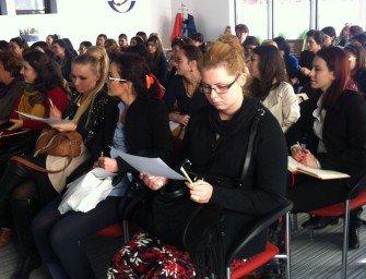 Let's MOTIVATE Them!: Seminar Macmillan organizat de Carturesti