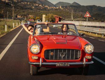 """""""Nebune de fericire"""", o comedie dramatică despre libertate și bucuria de a trăi fiecare zi la maxim"""